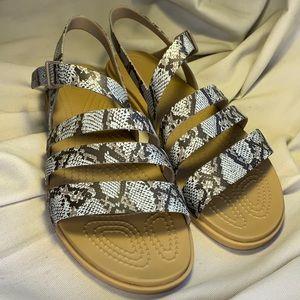 NWOT Crocs snake/python leather pattern sandals